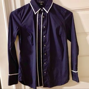NEVER WORN Ann Taylor navy button down size 2P